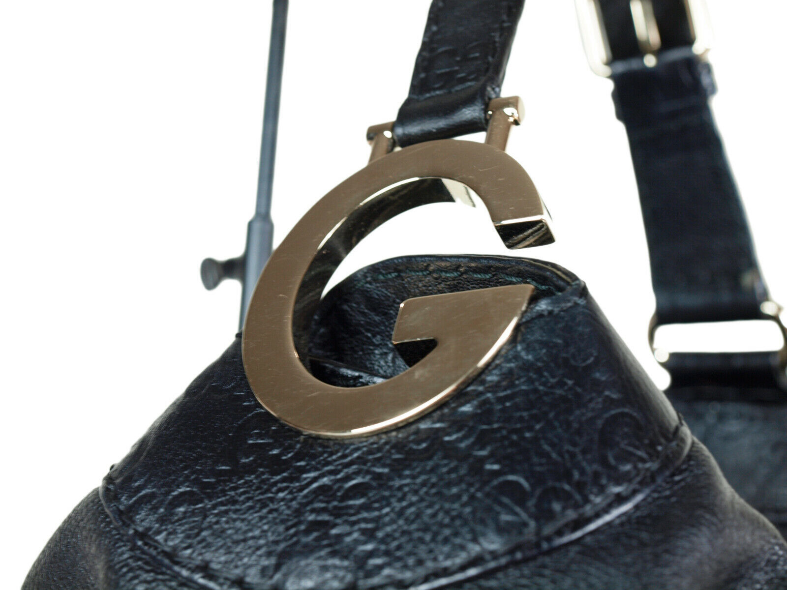 GUCCI Guccissima Leather Black Shoulder Bag GS2217
