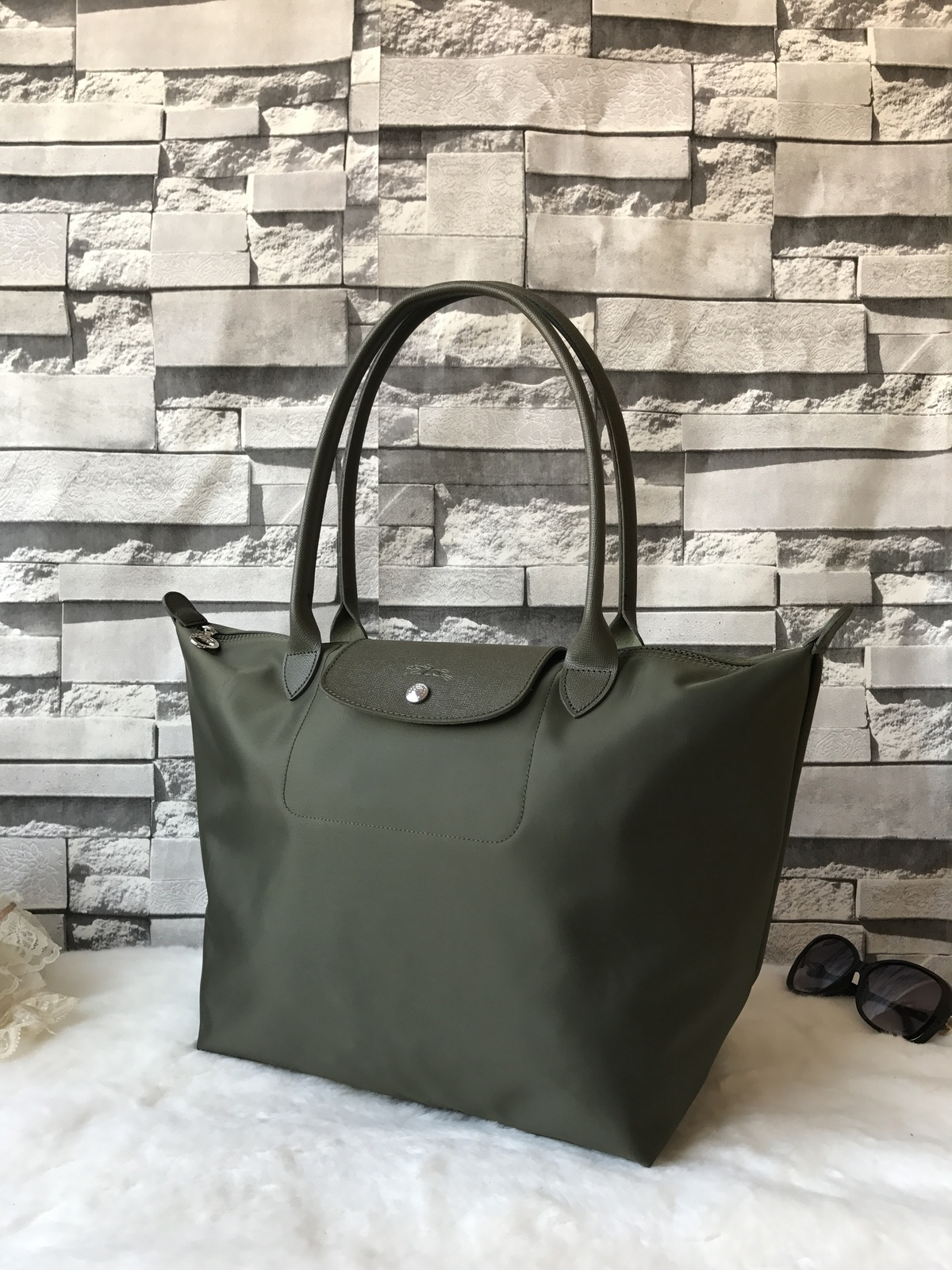 dbd56162dc09 Longchamp Le Pliage Handbag Neo Tote Large and 50 similar items