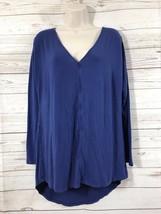 H by Halston Blue Womens  Sz Med Long Sleeve V-Neck Rayon Blend Hi Low Top  - $6.92