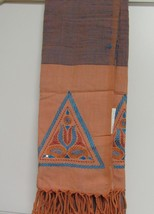 Aarong Women's Hand Embroidered Endi Silk Shawl color-Orange/Blue Solid ... - €410,34 EUR