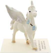 Hagen-Renaker Miniature Ceramic Pegasus Figurine Standing and Lying Set of 2 image 4