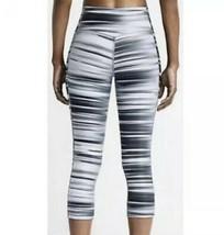 Nike Legend Rapide de Course Capri Leggings Taille M Gris Pantalon - $31.73