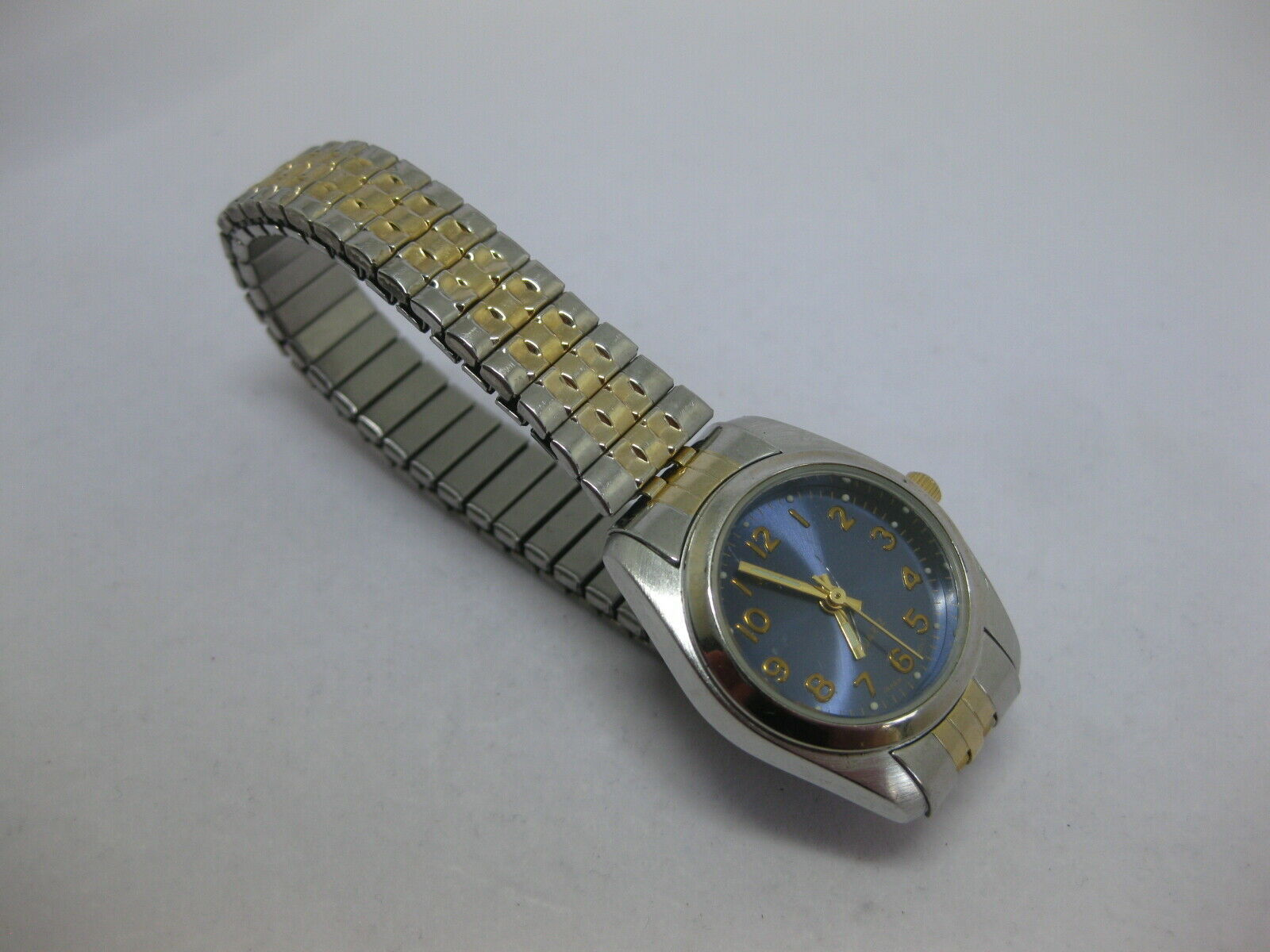 Primary image for Vintage White Stag Men's Flex Stretch Band Watch Gold Silver Tone WORKS WS50702W