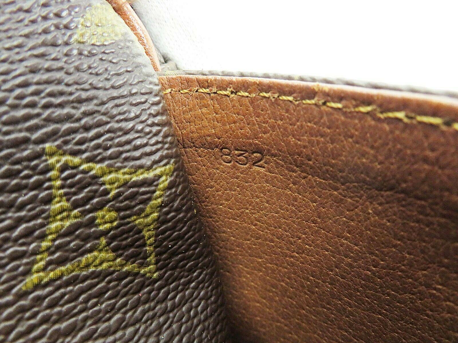 Auth VTG LOUIS VUITTON Marceau Monogram Messenger Shoulder Bag #34998 image 12