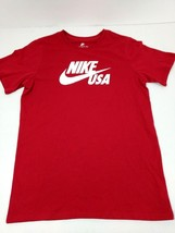 Nike Tee Boys Youth T-Shirt USA Swoosh Size Medium Burgundy Athletic Cut New - $13.50