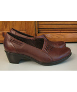 Clarks Medium Brown Leather SHOES Woman's 8 M Office Dressy Casual NICE - $15.83