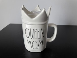 """Rae Dunn Artisan Collection """"QUEEN MOM"""" Mug with Crown Topper - £27.00 GBP"""