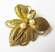 Vintage Filigree Brooch with Pearl Flower Gold Pin Vintage Jewelry Russian  - $17.90