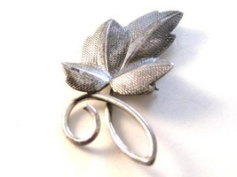 Vintage Beau Sterling Flower Leaf Brooch - $44.54