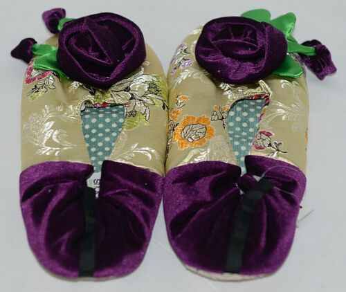 Snoozies Brand Coventry Collection Gold Purple Womens House Slippers Size M