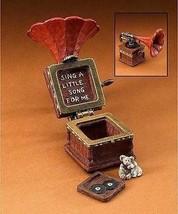 """Boyds Treasure Box """"Edison's Victrola w/ Spin McNibble"""" #392173 -1E- New - $24.99"""