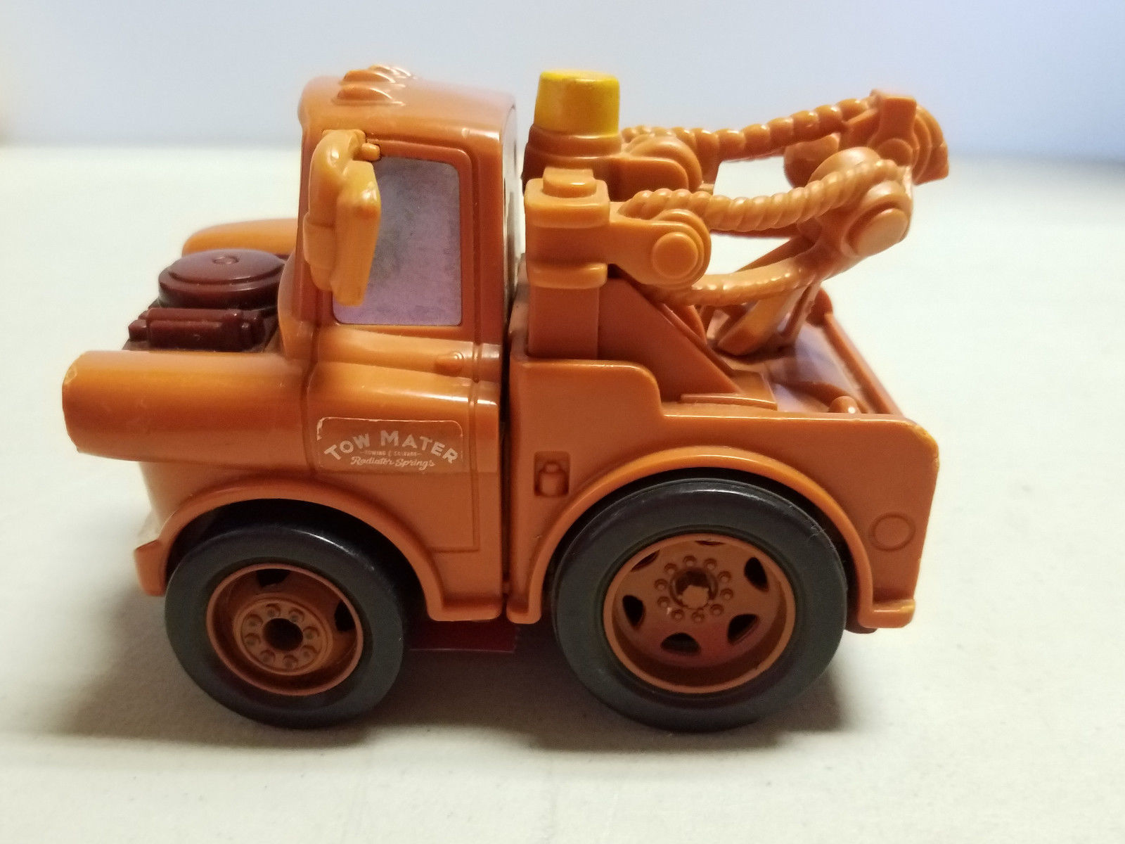DISNEY PIXAR CARS TOW MATER TALKING TOW TRUCK