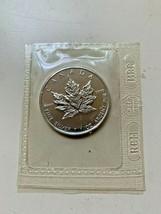 1 oz silver round *** 2002 CANADIAN SILVER MAPLE LEAF *** Low Mintage **... - $50.49