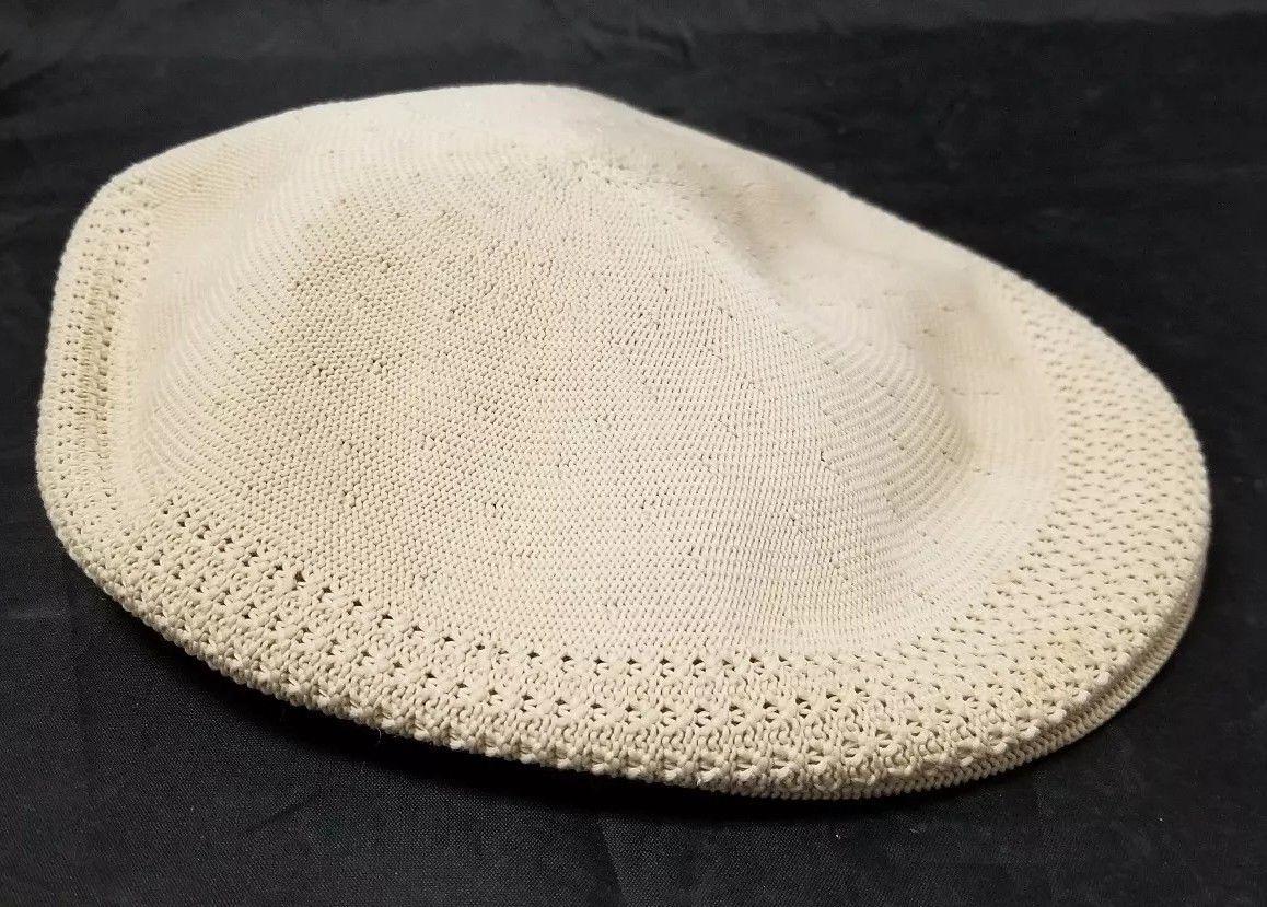 c07ff113bdf S l1600. S l1600. Kangol Flat Cabbie Cap Newsboy Hat Cream Made In England  100% Wool FREE SHIP. Kangol Flat Cabbie ...