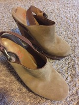 Michael Kors 8 Brown Wedge Round Toe Heels - $84.14