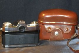 Zeiss Ikon Contaflex Super Camera with hard leather Case AA-192013 Vintage image 7