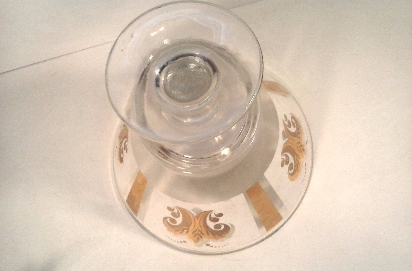 """VINTAGE PAMPERED CHEF GLASS PUNCH BOWL PEDESTAL GOLD PATTERN 10.5"""" D X 9.5"""""""