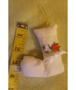 Letter Pillow J Christmas Tree Ornament • Pre-owned • Vintage • Nice Con... - $5.66
