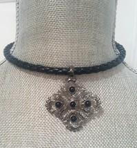 ELEGANT BLACK WRAP PENDANT CHOKER NECKLACE - $10.00