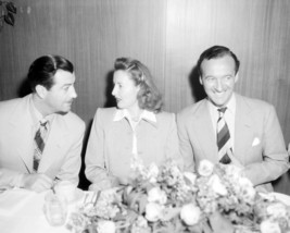 Barbara Stanwyck 16x20 Poster with Clark Gable and David Niven - $19.99