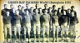 Green Bay Packers  Poster NFL 1931 World Champion VintageTeam photo repr... - $8.72