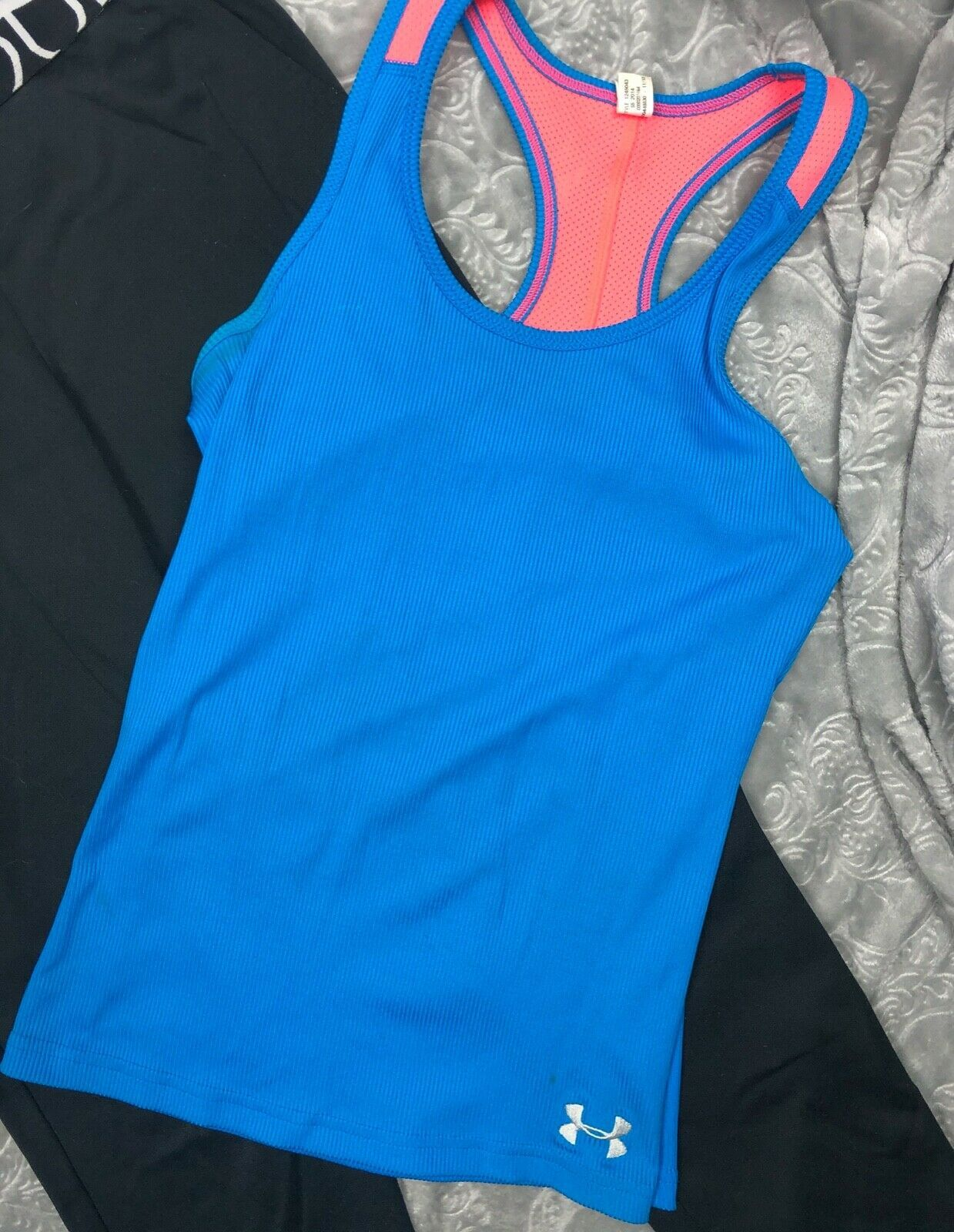 UNDER ARMOUR TANK TOP + BLACK PANTS OUTFIT LOT GIRL'S YMD image 3