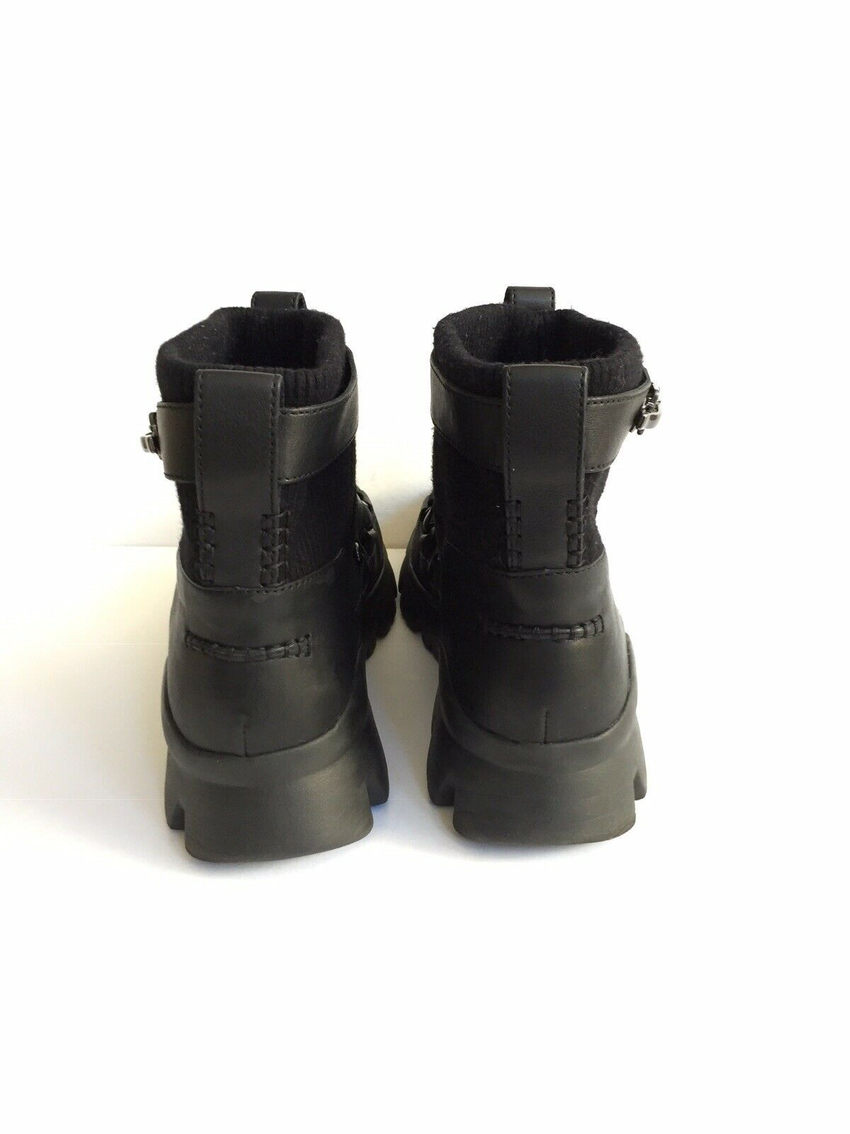UGG PUFF MOMMA LAKES & LIGHTS BLACK WINTER FUR SNEAKERS US 11 / EU 42 / UK 9 image 4