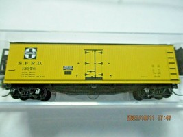 Micro-Trains Stock # 04900910 Santa Fe 40' Double-Sheathed Wood Reefer N-Scale image 1