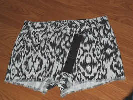 DOLLHOUSE JEAN SHORTS SIZE 4 - 6 BLACK & WHITE PRINT NWT - $14.99