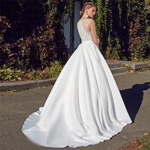 Bridal Fashion Scoop Neck Lace Top Wedding Dresses Sleeveless Pleated Satin Lace image 3