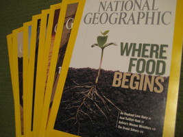 Original Vintage 2008 Lot of 8 NATIONAL GEOGRAPHIC Magazines - $14.43