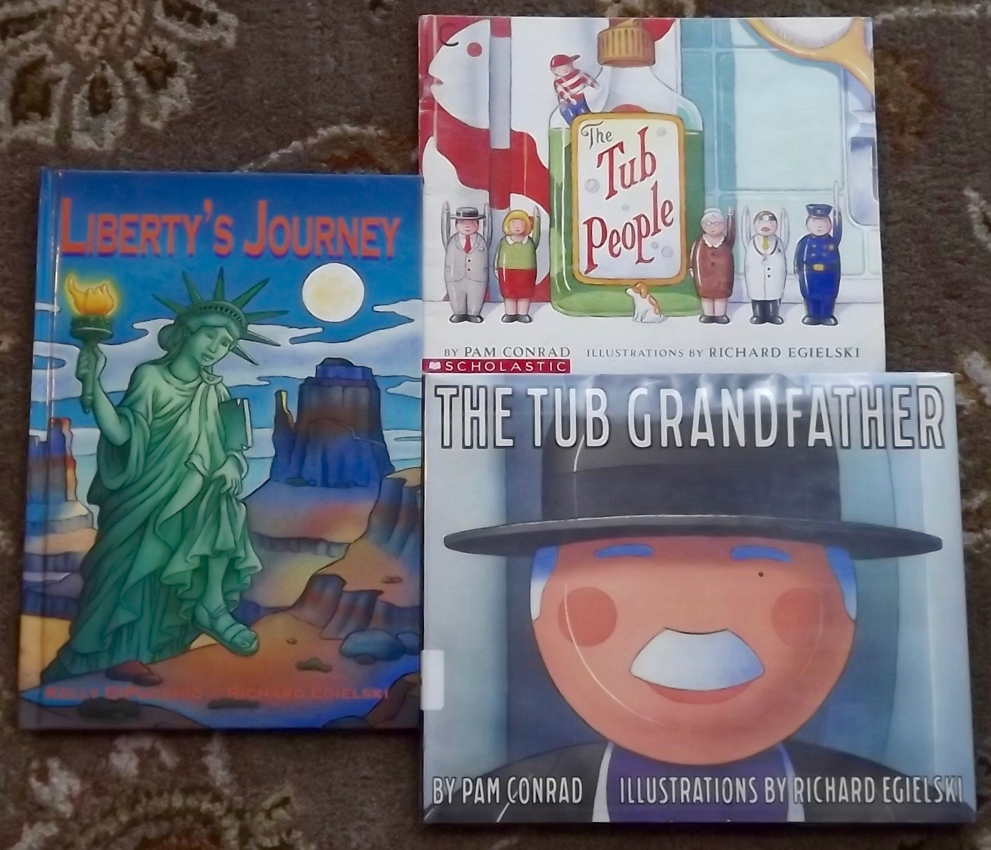 Primary image for 3 Richard Egielski books The Tub People, The Tub Grandfather, Liberty's Journey