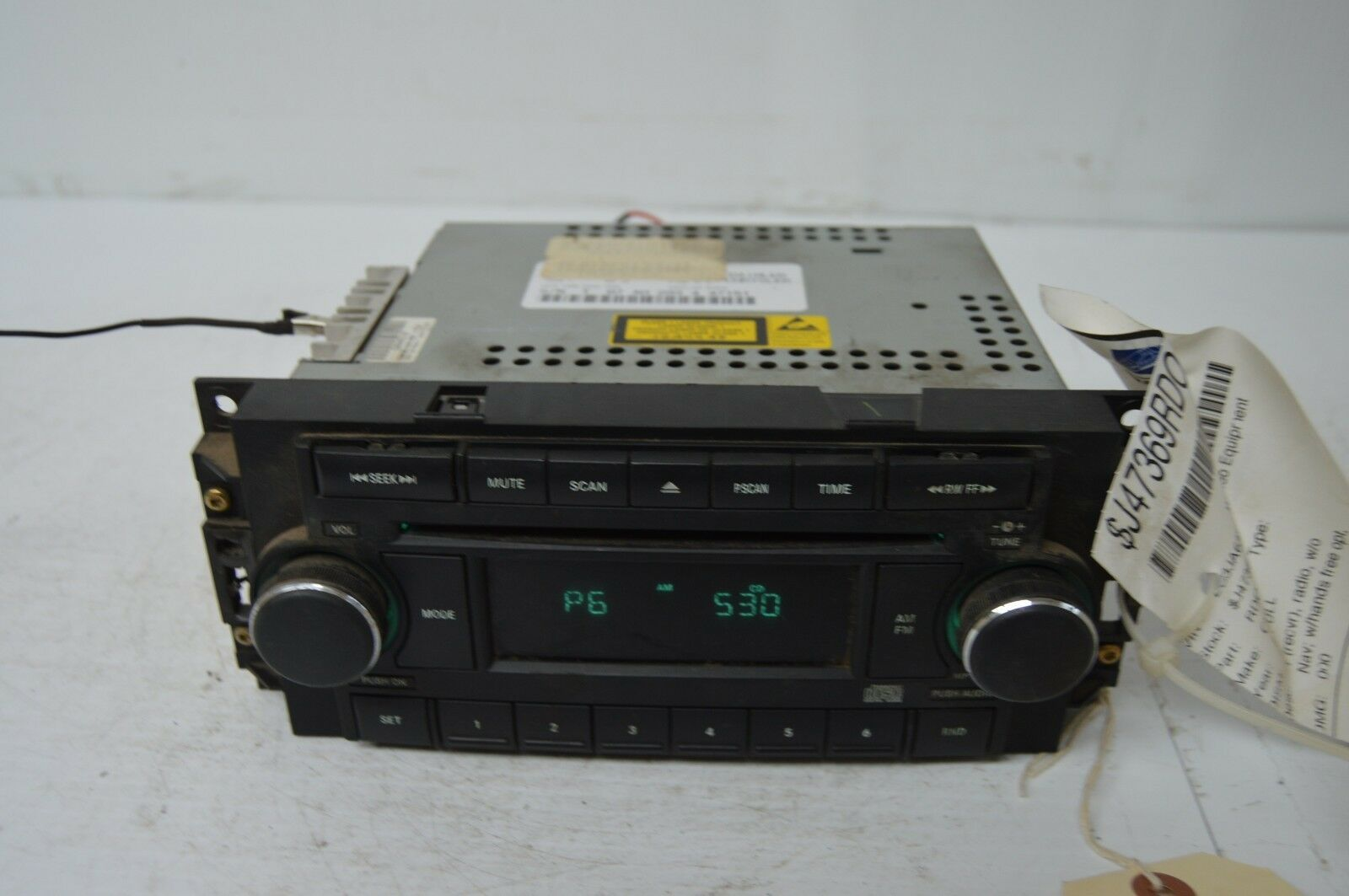 2004-2010 CHRYSLER 300 RADIO CD PLAYER OEM RADIO P05064071AG OEM G53#023