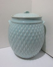 Hull Pottery Nu-Line Diamond Quilt Cookie Jar / Canister B-20 - $95.00