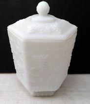 Anchor Hocking Fire King Cookie jar Milk Glass 6 Panel Grape Vine Design image 6