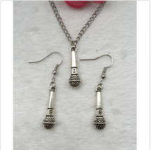 MICROPHONE EARRINGS & NECKLACE   >> COMBINED SHIPPING <<   (5633) - $3.91