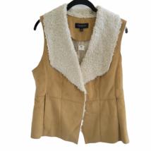 Talbots V Neck Vest Faux Fur Boho Chic Winter Vest Size Medium w Pockets - $23.33