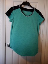 Women's Made for Life Short Sleeve Color Block T Shirt Green Size Small NEW - $14.84