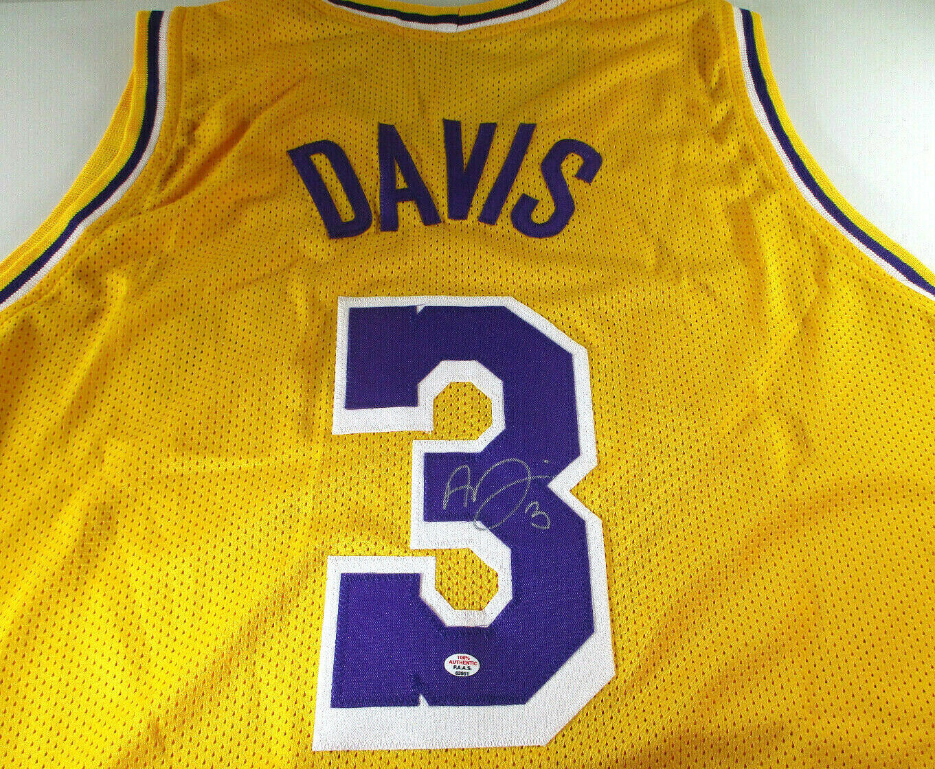 ANTHONY DAVIS / AUTOGRAPHED LOS ANGELES LAKERS CUSTOM BASKETBALL JERSEY / COA