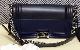 AUTH CHANEL LIMITED EDITION 2 TONE BLACK NAVY BLUE LEATHER MEDIUM BOY BAG SHW