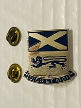 US Military 156th Infantry Regiment Insignia Pin - Dieu Et Moi - $10.00