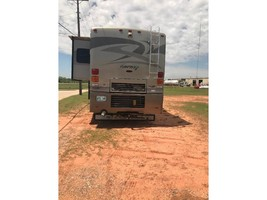 2006 Winnebago JOURNEY 39K For Sale In Midwest City, OK 73110 image 2