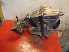 05 06 07 Ford Escape Mariner oem 3.0 v6 air filter cleaner intake box housing - $49.49