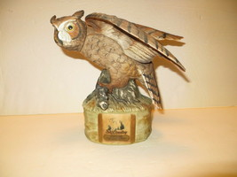 Ski Country Great Horned Owl With Mouse Decanter - $24.74