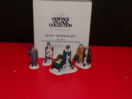 Dept 56 Christmas In The City ~ Busy Sidewalks ~ Mint In Box 55352 - $23.27