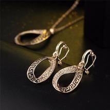 Women Designer Fashion Crystal Jewelry Set image 6
