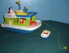 Vintage Fisher Price #985 Play Family Houseboat Complete/NEAR MINT! (M) image 3