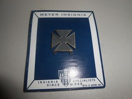 Original N.S. Meyer Military Insignia Push Back Medal Unused on Original Card - $9.90