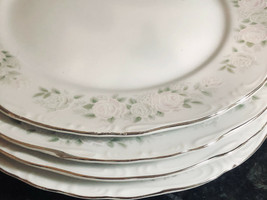 """Sheffield Classic 501 DINNER PLATES  (4) Made in Japan 10"""" - $32.95"""