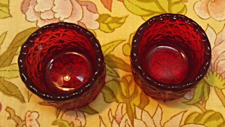 Vintage RED Fenton Glass DAISY BUTTON Open Salt // Salt Dip // Salt Cellar